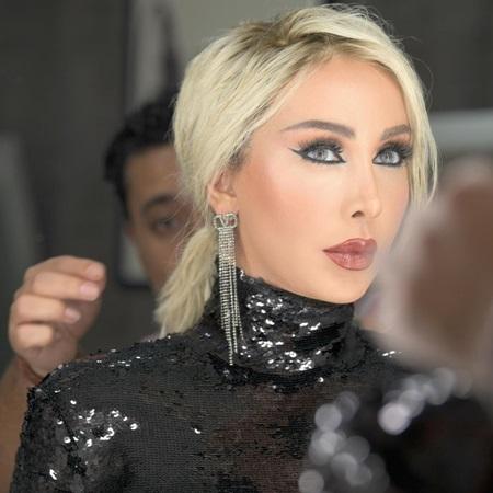 جويل ماردينيان أيقونة جمال في لوكات برنامجها