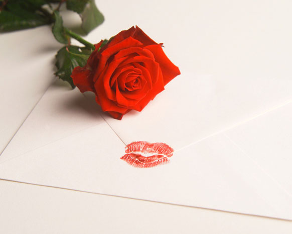 أجمل خواطر الحب العالمية للإهداءات الرومانسية نواعم