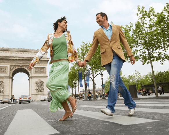 إليك أجمل الكلمات الرومانسية الفرنسية لتتغزلي بالحبيب