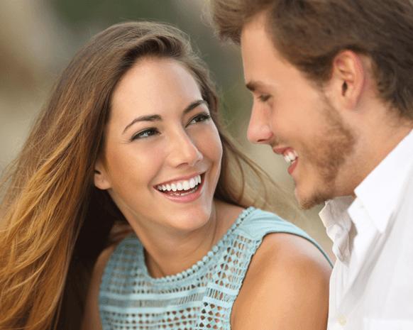 علامات جسدية تظهر ما في داخل شريك حياتك.. إليكي التفاصيل