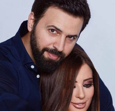 صورة رومانسية تجمع وفاء الكيلاني وتيم حسن