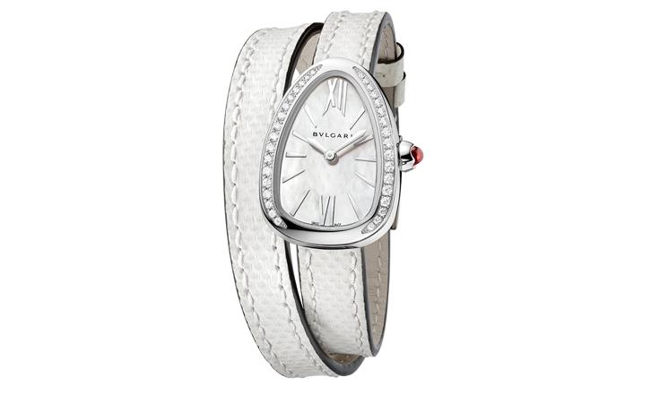 a675dd7018d47 سيبهرك الأسلوب الجديد لارتداء ساعات سربينتي من بولغري