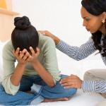 البلوغ قبل سن الـ12 يعرّض المرأة لمخاطر كثيرة لاحقاً