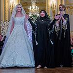 ما علاقة البرقع بعرض منى المنصوري في باريس؟