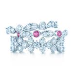 مجوهرات تيفاني تزيدك رومانسية في الفالنتاين