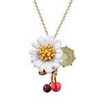 اختاري مجوهراتك برقّة الزهور وسحرها