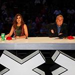نجوى كرم تؤيد علي جابر وتقلب الموازين في الحلقة الرابعة Arabs Got Talent