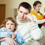 الخلاف على توقيت نوم الأولاد يولّد توتّراً بين الأبوين!