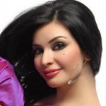 فنّانة لبنانية تشارك جمهورها لحظة ولادتها بالفيديو.. فماذا طلبت من جمهورها؟