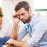 هذه هي الأسباب التي قد تجعل زوجك تعيساً في حياته معكِ