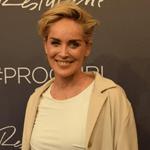 شارون ستون تكشف لنواعم من برلين سرّ جمالها في الـ57
