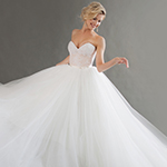 لبرجك الفلكي أيضاً دور في اختيار فستان زفافك