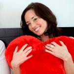 6 عادات رومانسية اتبعيها لما بعد العلاقة الحميمة!
