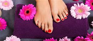 إليك خمسة علاجات طبيعية لعلاج فطريات أظافر القدمين