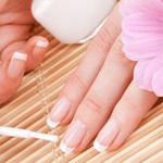 4 طرق للمحافظة على أظافر صحية وقوية في فصل الصيف