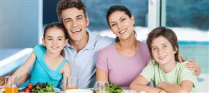6 فوائد زوجية وعائلية لجلوس العائلة إلى مائدة الطعام