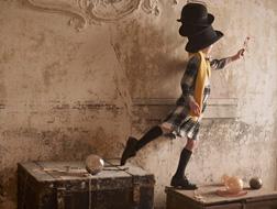 تشكيلة من ثياب الأطفال مستوحاة من عالم السحر