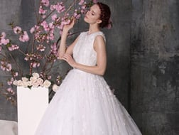 فساتين زفاف لعروس تبحث عن غير المتوقع