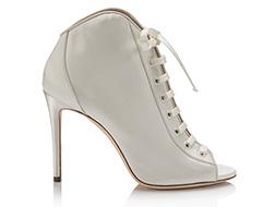 أحذية-كلاسيكية-وعصرية-لخزانة-العروس