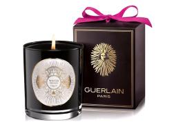لمنزلكِ رائحة متميّزة في موسم الأعياد! إليكِ مجموعة الشموع