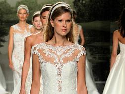 فساتين-زفاف-أنثوية-وعصرية-لعروس-2018